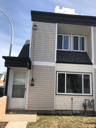 Main Photo: 114 11421 34 Street NW in Edmonton: Zone 23 Townhouse for sale : MLS(r) # E4053248
