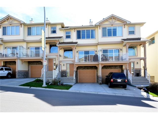 Main Photo: 300 SUNSET Point(e): Cochrane House for sale : MLS(r) # C4118024
