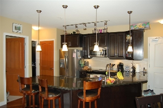 Main Photo: 304 11887 BURNETT Street in Maple Ridge: East Central Condo for sale : MLS®# R2181019