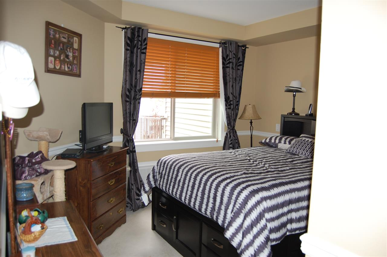 large 13x11 master bedroom with walk in closet and direct access to the bathroom.  Air Conditioned!