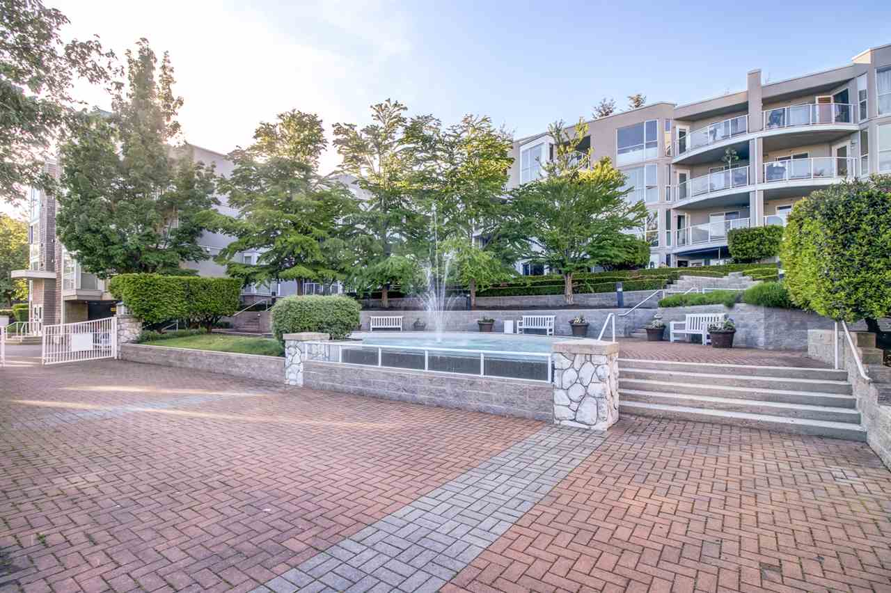Main Photo: 6 8450 JELLICOE STREET in Vancouver: Fraserview VE Condo for sale (Vancouver East)  : MLS® # R2171112
