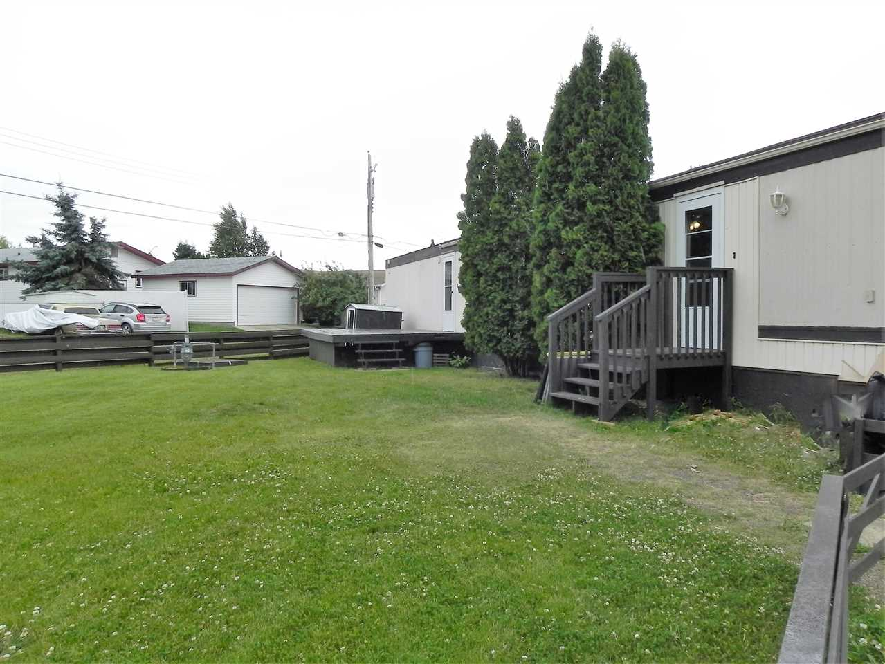 Main Photo: 2 10410 - 101 A Street: Morinville Mobile for sale : MLS® # E4074482