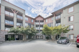 "Main Photo: 2117 244 SHERBROOKE Street in New Westminster: Sapperton Condo for sale in ""Copperstone"" : MLS(r) # R2191630"