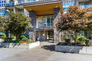"Main Photo: 305 30525 CARDINAL Avenue in Abbotsford: Abbotsford West Condo for sale in ""Tamarind Westside"" : MLS® # R2195619"