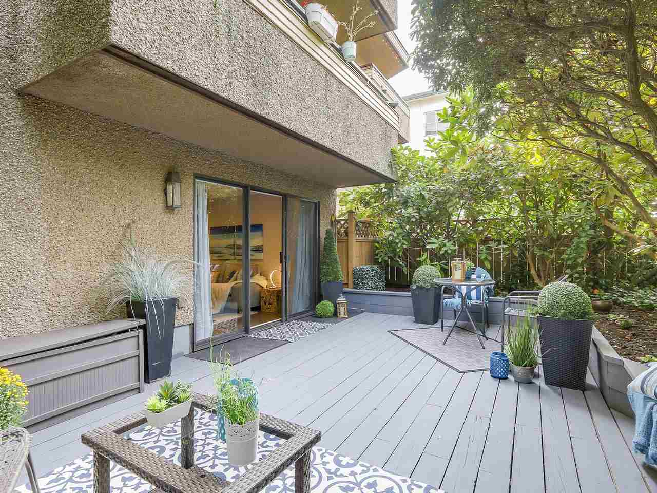 "Photo 8: 104 2935 SPRUCE Street in Vancouver: Fairview VW Condo for sale in ""LANDMARK CAESAR"" (Vancouver West)  : MLS® # R2196677"