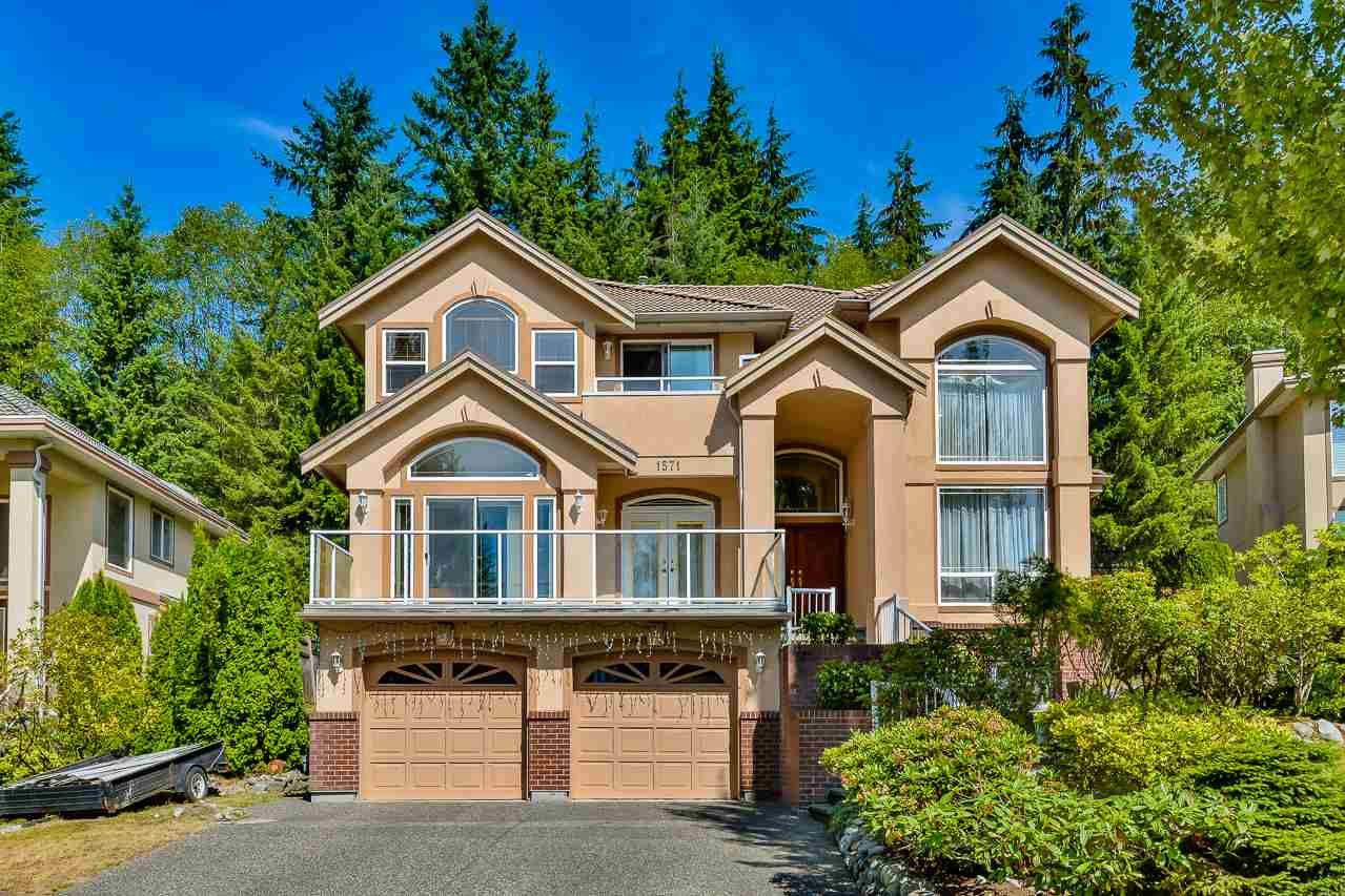 Main Photo: 1571 TOPAZ Court in Coquitlam: Westwood Plateau House for sale : MLS® # R2198600