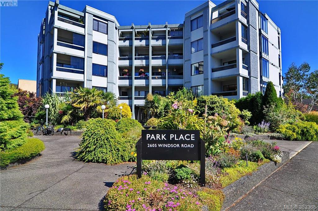 Main Photo: 303 2605 Windsor Road in VICTORIA: OB South Oak Bay Condo Apartment for sale (Oak Bay)  : MLS® # 383368