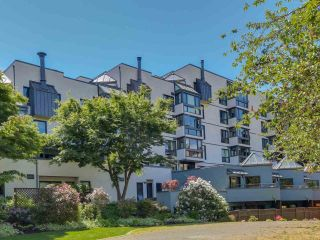 Main Photo: 207 1477 FOUNTAIN Way in Vancouver: False Creek Condo for sale (Vancouver West)  : MLS® # R2227880