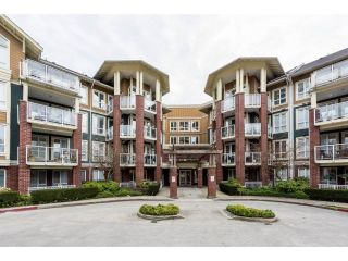 "Main Photo: 416 14 E ROYAL Avenue in New Westminster: Fraserview NW Condo for sale in ""Victoria Hill"" : MLS® # R2247174"