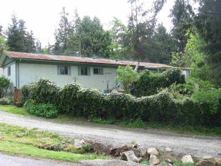 Main Photo: 17 240 HARRY Road in Gibsons: Gibsons & Area Manufactured Home for sale (Sunshine Coast)  : MLS® # R2248733