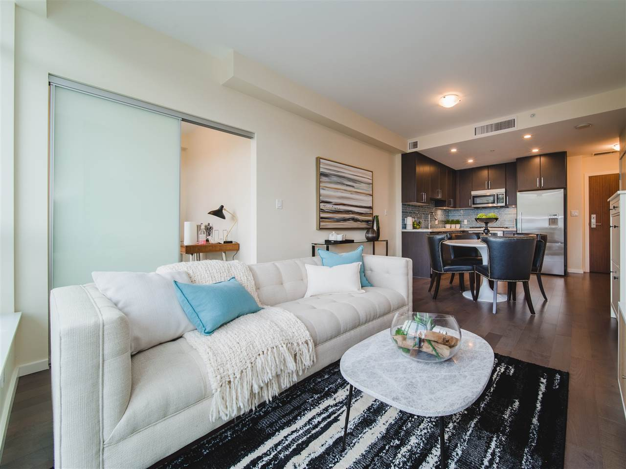 "Main Photo: 202 63 W 2ND Avenue in Vancouver: False Creek Condo for sale in ""PINNACLE LIVING FALSE CREEK"" (Vancouver West)  : MLS®# R2278434"