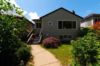 Main Photo: 2682 NAPIER Street in Vancouver: Renfrew VE House for sale (Vancouver East)  : MLS®# R2279330