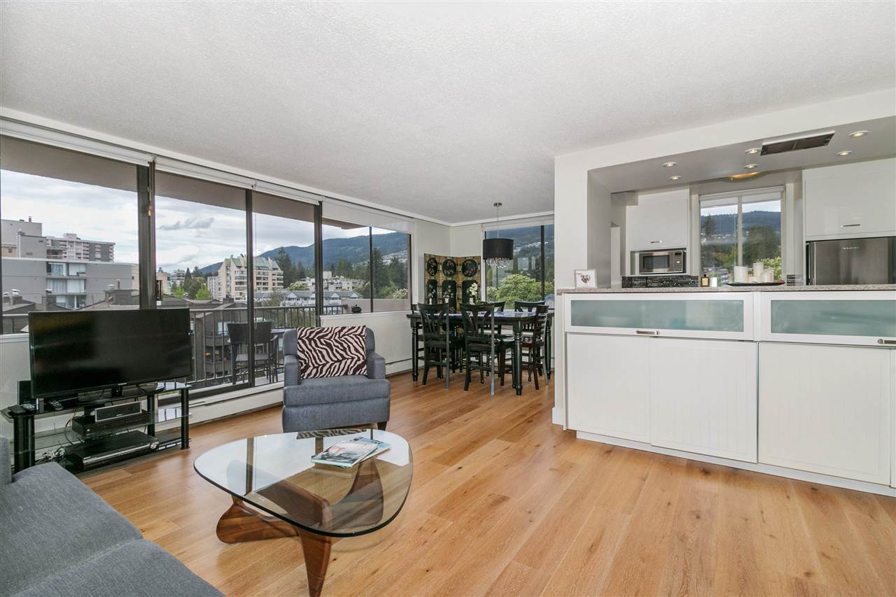 "Main Photo: 504 555 13TH Street in West Vancouver: Ambleside Condo for sale in ""Parkview Tower"" : MLS®# R2287720"