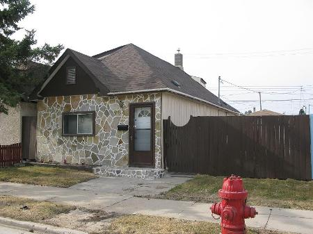 Main Photo: 964 Alexander Ave.: Residential for sale (Weston)  : MLS® # 2907240
