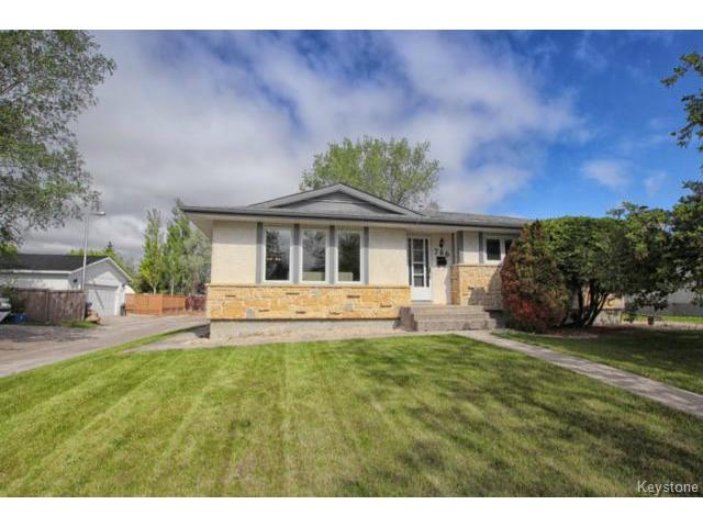 FEATURED LISTING: 780 Beaverhill Boulevard WINNIPEG
