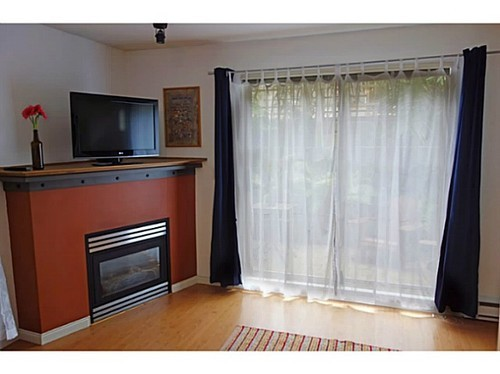Photo 4: 6 2375 BROADWAY Other W in Vancouver West: Kitsilano Home for sale ()  : MLS(r) # V1081687