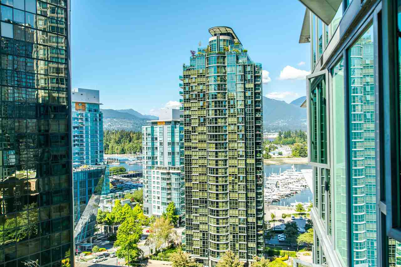 "Main Photo: 1607 1331 W GEORGIA Street in Vancouver: Coal Harbour Condo for sale in ""THE POINT"" (Vancouver West)  : MLS®# R2099225"
