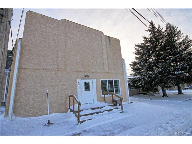 Main Photo: 482 Jolys Avenue West in St Pierre-Jolys: Industrial / Commercial / Investment for sale (R17)  : MLS® # 1626235
