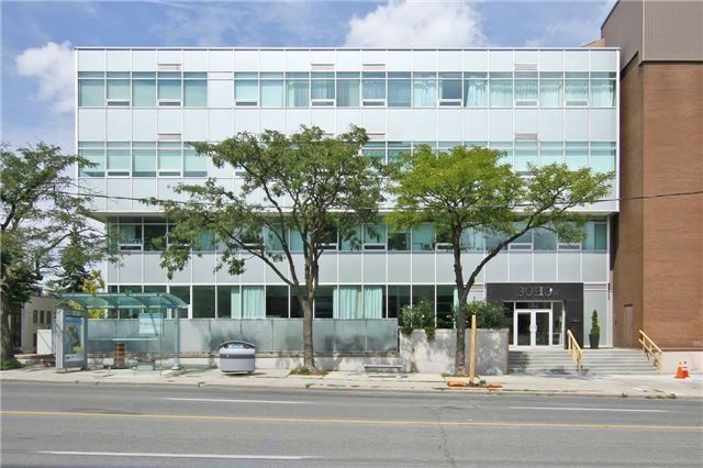 Main Photo: 307 562 E Eglinton Avenue in Toronto: Mount Pleasant East Condo for lease (Toronto C10)  : MLS®# C3625636