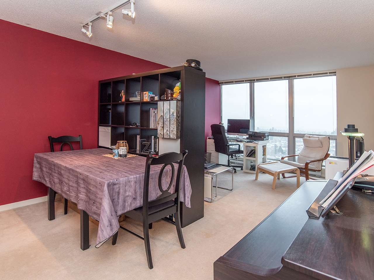 "Photo 6: 2410 3663 CROWLEY Drive in Vancouver: Collingwood VE Condo for sale in ""LATITUTDE"" (Vancouver East)  : MLS(r) # R2140003"