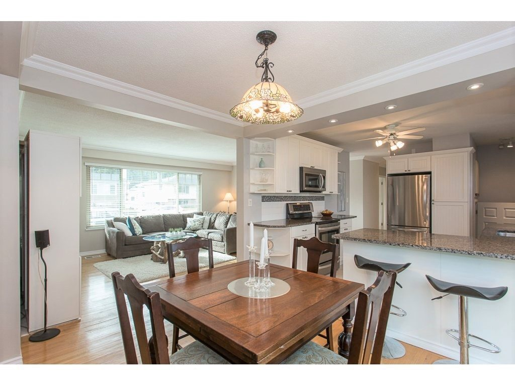 "Photo 5: 21635 126 Avenue in Maple Ridge: West Central House for sale in ""DAVISON"" : MLS(r) # R2140745"