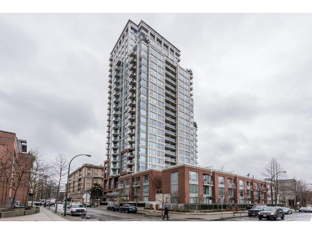 "Photo 2: 2402 550 TAYLOR Street in Vancouver: Downtown VW Condo for sale in ""THE TAYLOR"" (Vancouver West)  : MLS(r) # R2142981"