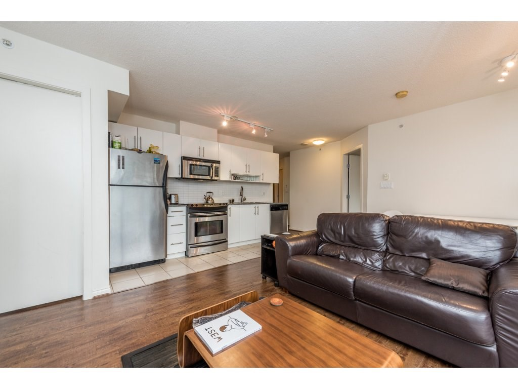 "Photo 7: 2402 550 TAYLOR Street in Vancouver: Downtown VW Condo for sale in ""THE TAYLOR"" (Vancouver West)  : MLS(r) # R2142981"