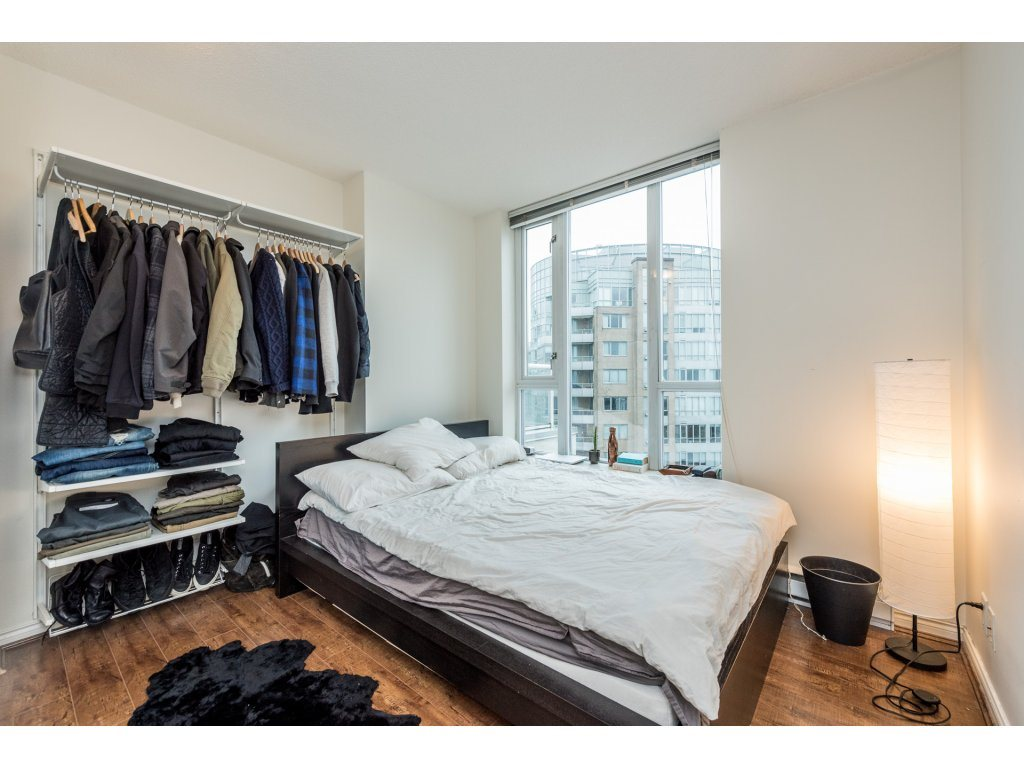 "Photo 14: 2402 550 TAYLOR Street in Vancouver: Downtown VW Condo for sale in ""THE TAYLOR"" (Vancouver West)  : MLS(r) # R2142981"