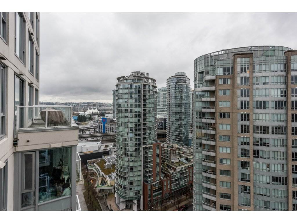 "Photo 20: 2402 550 TAYLOR Street in Vancouver: Downtown VW Condo for sale in ""THE TAYLOR"" (Vancouver West)  : MLS(r) # R2142981"