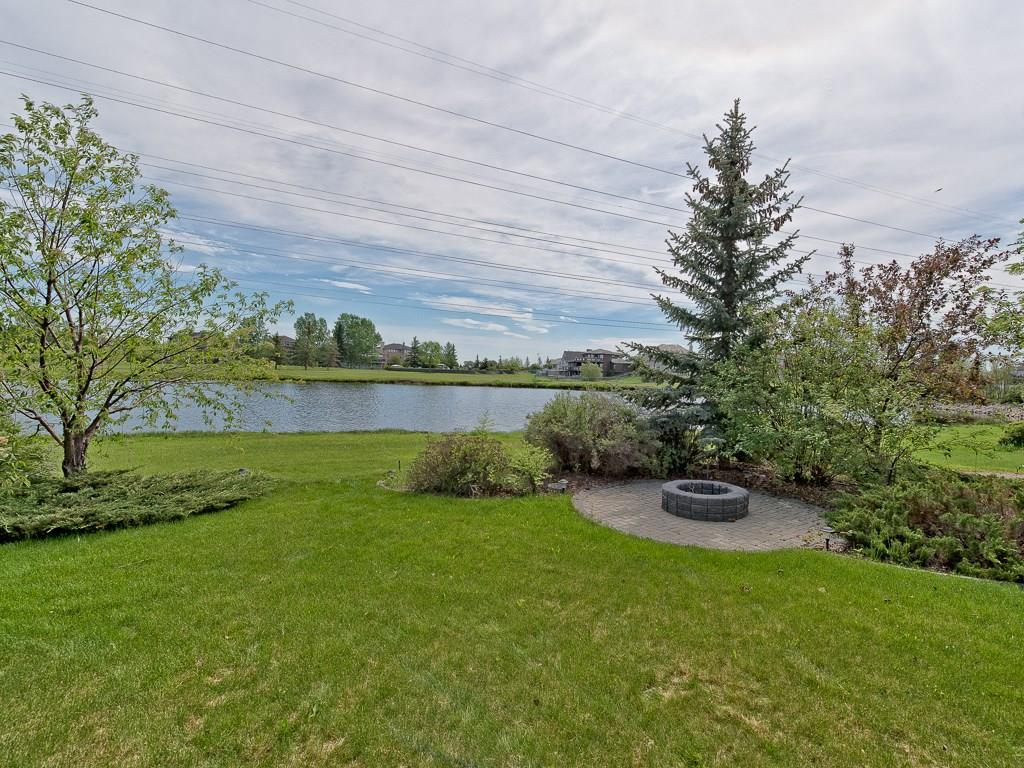 Photo 4: 167 LAKESIDE GREENS Court: Chestermere House for sale : MLS® # C4120469
