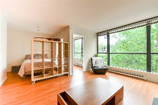 Main Photo: 314 3588 VANNESS Avenue in Vancouver: Collingwood VE Condo for sale (Vancouver East)  : MLS(r) # R2176877