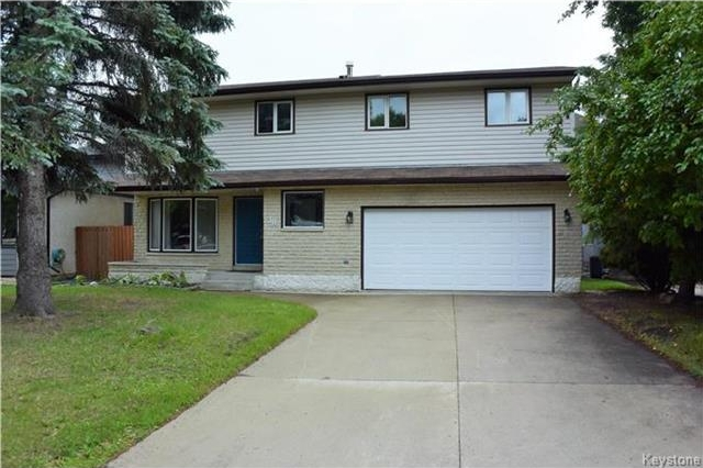 Main Photo: 38 Forest Lake Drive in Winnipeg: Waverley Heights Residential for sale (1L)  : MLS® # 1717364