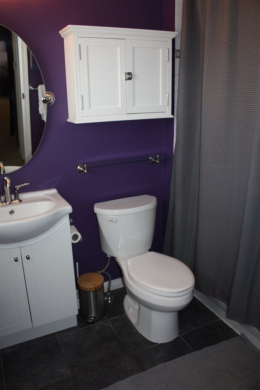 Bright, updated 4pc master ensuite is perfect