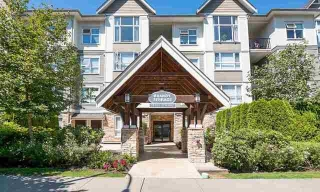 Main Photo: 207 15265 17a Avenue: White Rock Condo for sale (South Surrey White Rock)  : MLS® # R2178367