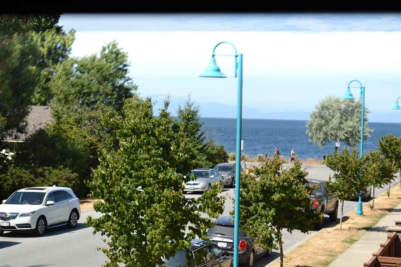 Main Photo: 235 5160 DAVIS BAY Road in Sechelt: Sechelt District Condo for sale (Sunshine Coast)  : MLS® # R2190164
