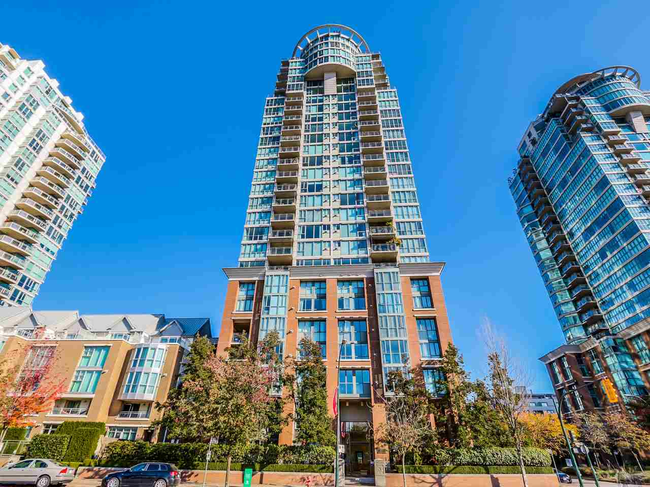 "Photo 19: 1406 1088 QUEBEC Street in Vancouver: Mount Pleasant VE Condo for sale in ""VICEROY"" (Vancouver East)  : MLS® # R2195514"