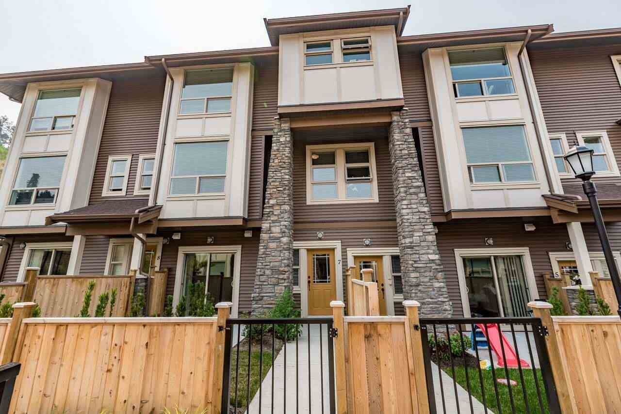 Main Photo: 7 10480 248 STREET in Maple Ridge: Albion Townhouse for sale : MLS® # R2196150