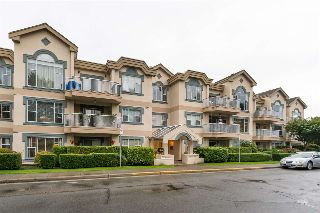 "Main Photo: 209 1150 54A Street in Delta: Tsawwassen Central Condo for sale in ""THE LEXINGTON"" (Tsawwassen)  : MLS® # R2215445"