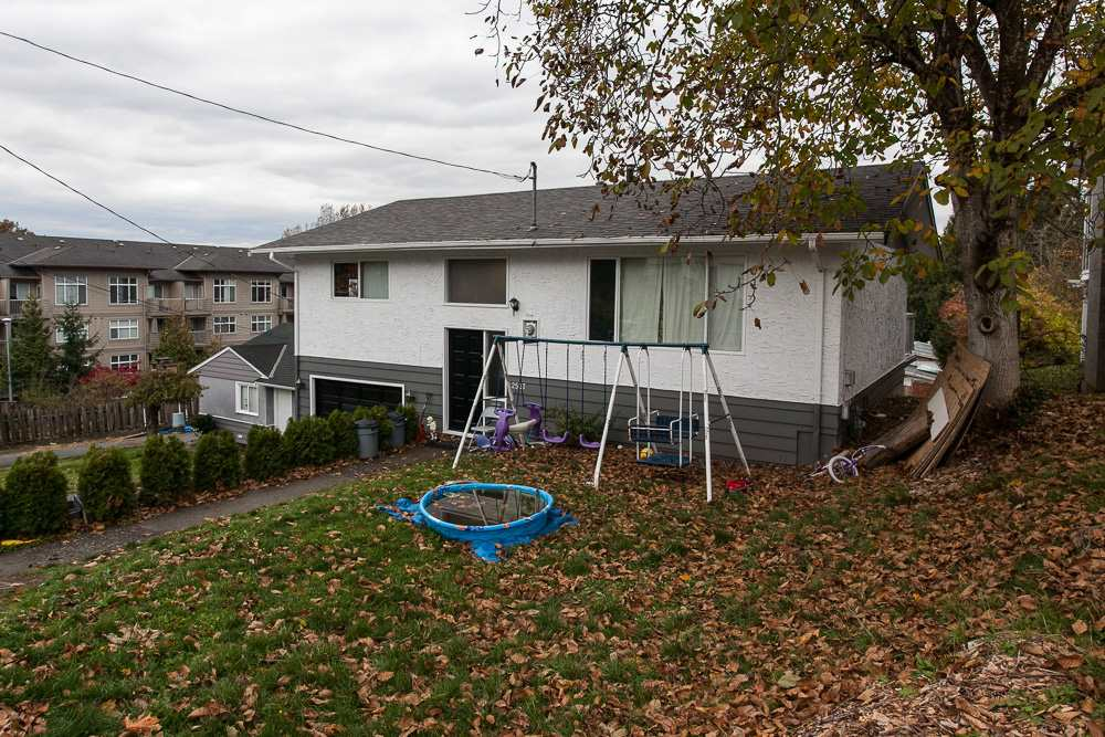 Photo 2: Photos: 2537 PARK Drive in Abbotsford: Abbotsford East House for sale : MLS® # R2220447