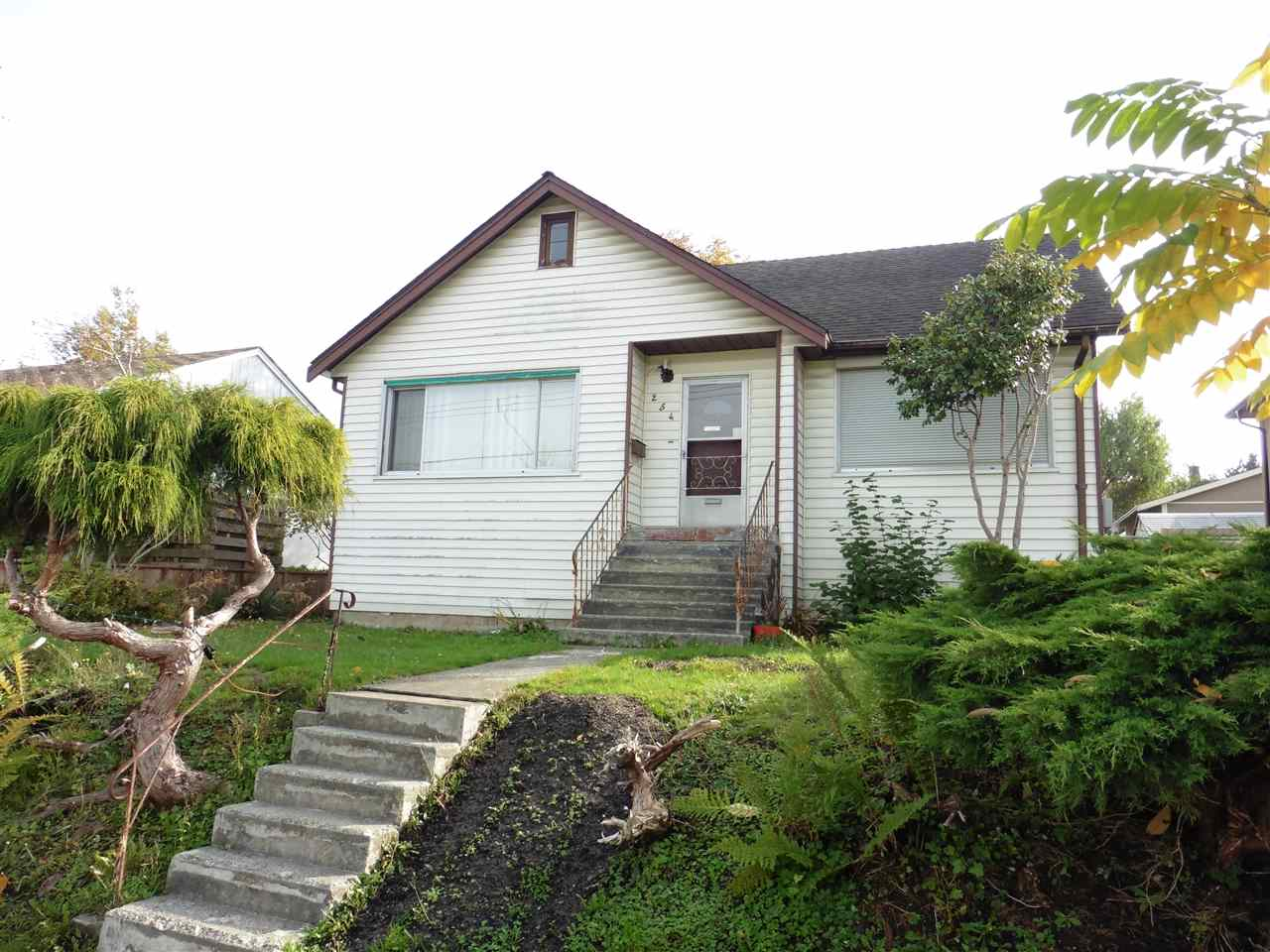 Main Photo: 254 SANDRINGHAM Avenue in New Westminster: GlenBrooke North House for sale : MLS® # R2222482
