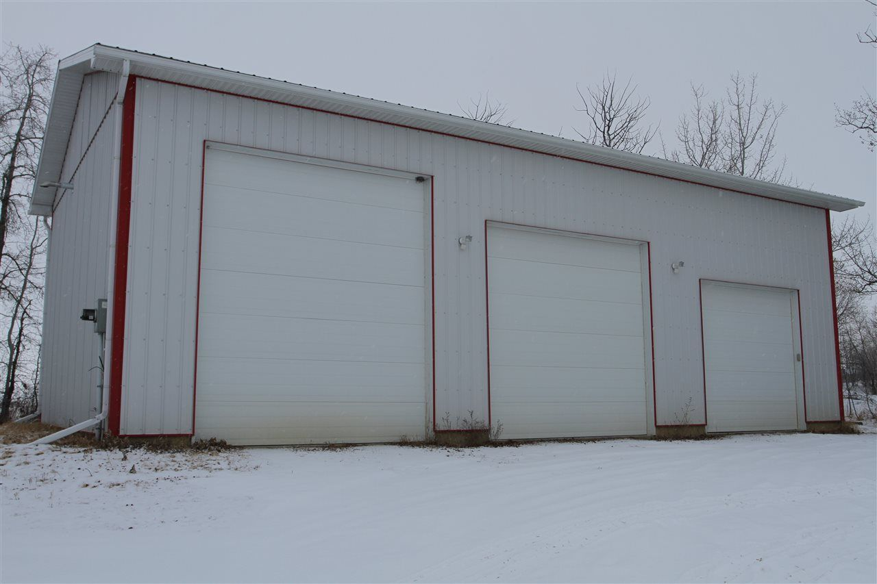 Main Photo: 5420 50 Avenue: Legal Industrial for lease : MLS®# E4095003
