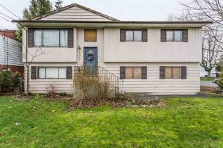 Main Photo: 17332 64 Avenue in Surrey: Cloverdale BC House for sale (Cloverdale)  : MLS®# R2239266