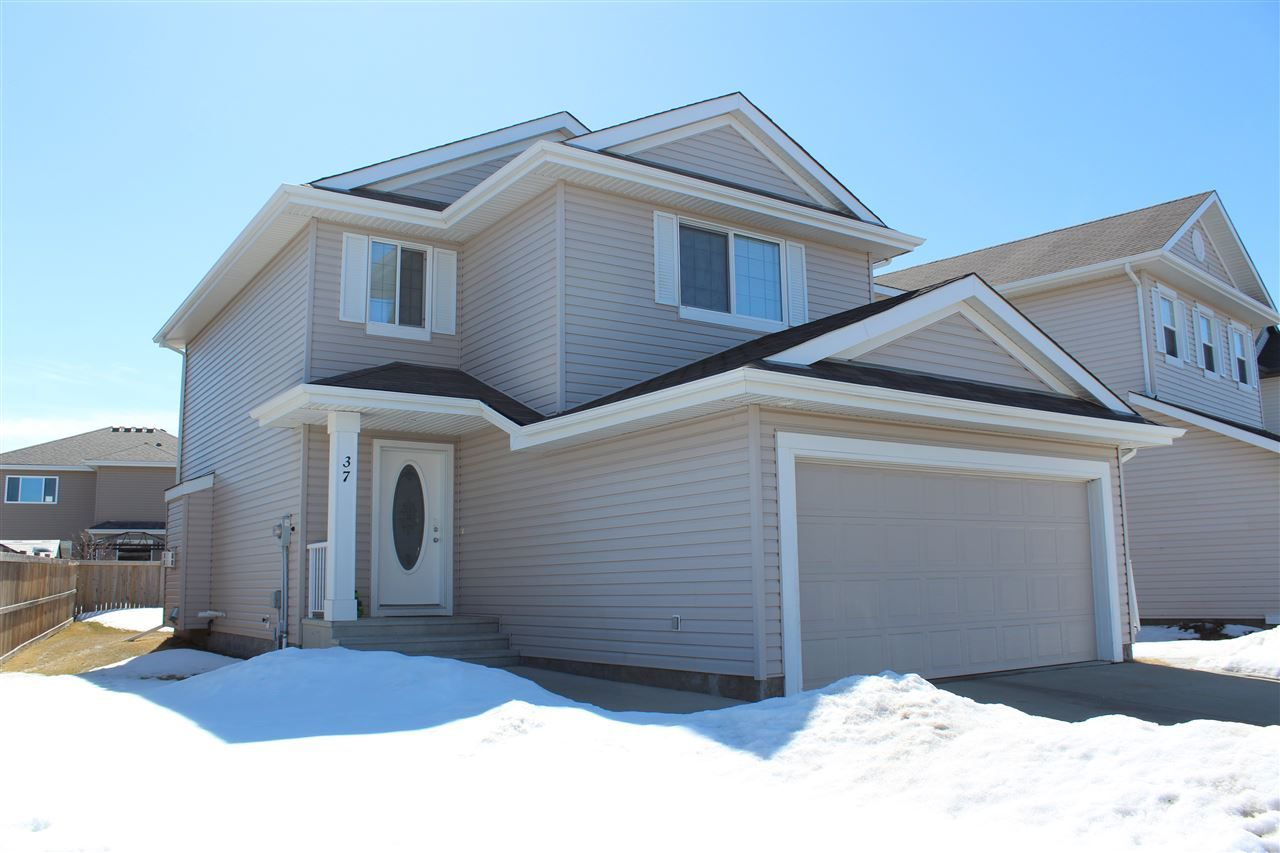 Main Photo: 37 WHISTLER Place: Fort Saskatchewan House for sale : MLS®# E4105579
