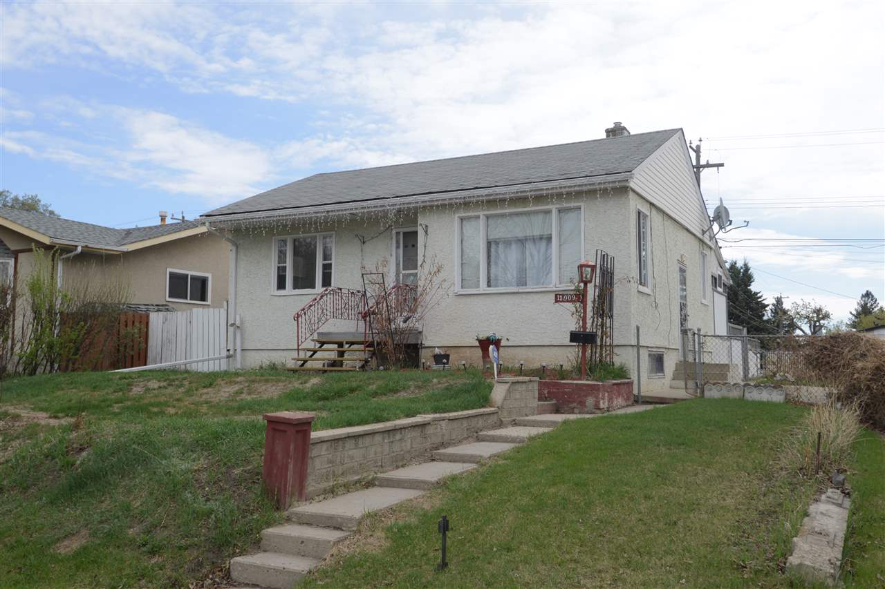 Main Photo: 11009 38 Street in Edmonton: Zone 23 House for sale : MLS®# E4111719