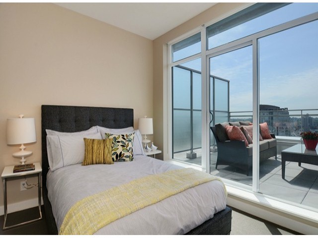 "Photo 16: 4001 1372 SEYMOUR Street in Vancouver: Downtown VW Condo for sale in ""THE MARK"" (Vancouver West)  : MLS(r) # V1063331"