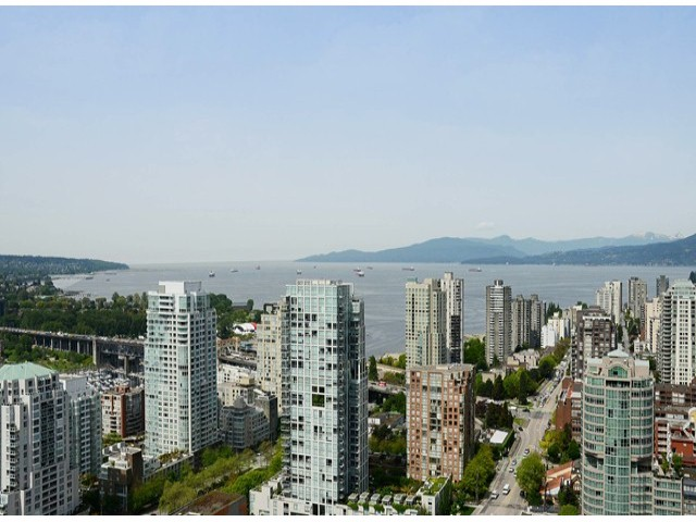 "Main Photo: 4001 1372 SEYMOUR Street in Vancouver: Downtown VW Condo for sale in ""THE MARK"" (Vancouver West)  : MLS(r) # V1063331"