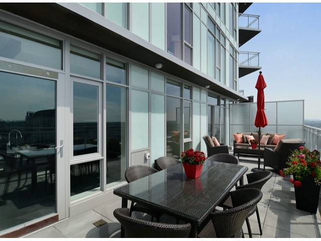 "Photo 4: 4001 1372 SEYMOUR Street in Vancouver: Downtown VW Condo for sale in ""THE MARK"" (Vancouver West)  : MLS(r) # V1063331"