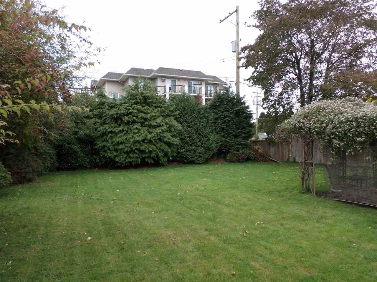 Photo 2: 33559 CANNON Avenue in Abbotsford: Central Abbotsford House for sale : MLS® # R2006995