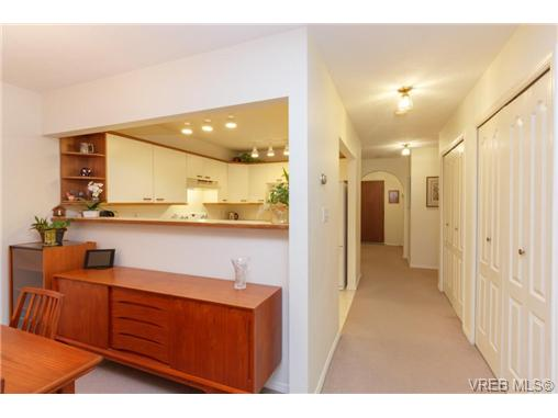 Photo 7: 204 2510 Bevan Avenue in SIDNEY: Si Sidney South-East Condo Apartment for sale (Sidney)  : MLS(r) # 358213