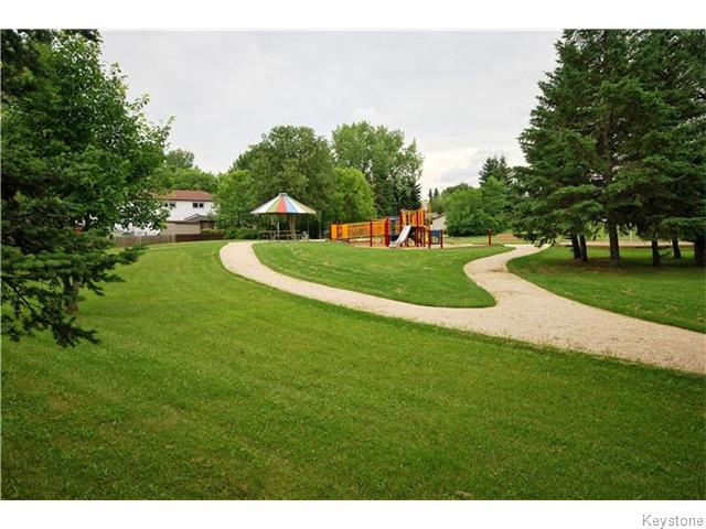 Photo 11: 60 Tranquility Cove in Winnipeg: North Kildonan Residential for sale (3G)  : MLS(r) # 1618988